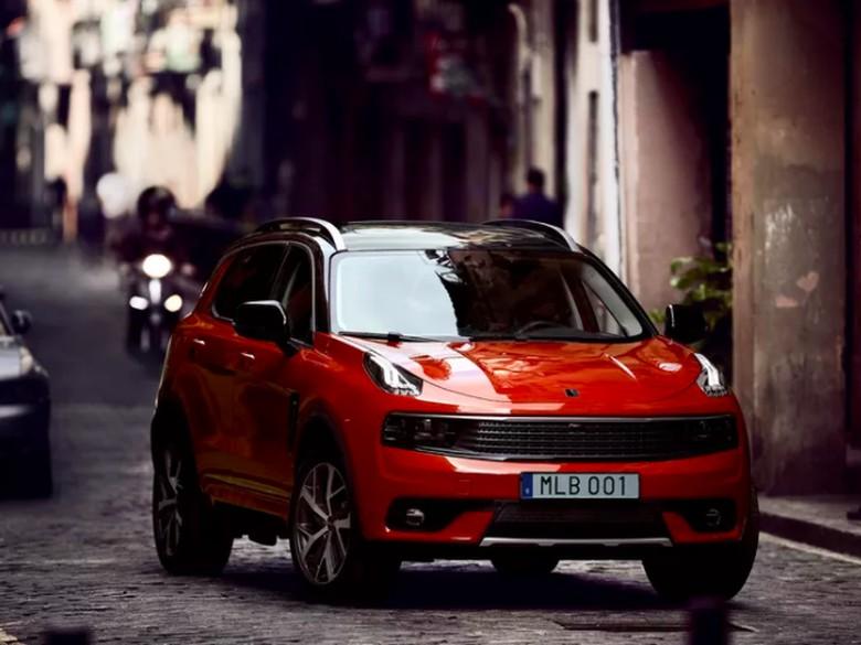 SUV 01 menjadi mobil yang paling tercepat terjual di dunia. Foto: Lynk&Co