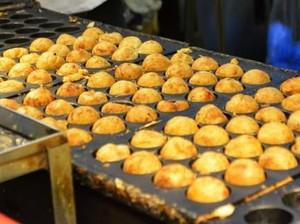 Orang Osaka Kini Mulai Jarang Makan Takoyaki, Kenapa Ya?