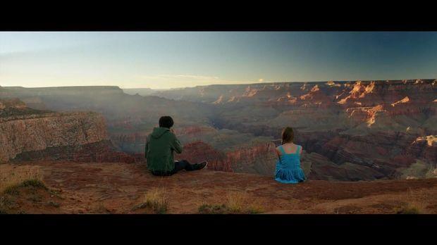 'The Space Between Us': Kisah Cinta Dua Dunia