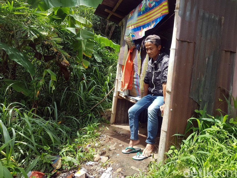Kisah Anak Tentara di Sukabumi yang Kini Tinggal di Pos Ronda