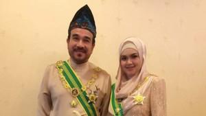 Siti Nurhaliza Memilih Melahirkan Putri Kecilnya di Hari Senin