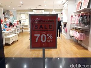 Mau Tutup Gerai, GAP di Grand Indonesia Diskon Hingga 70%