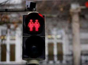 Bola Kasus LGBT yang Kini di Tangan DPR