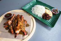 Di Singapura Sedang Tren Nasi Lemak Lobster yang Diantre hingga 2 Jam!