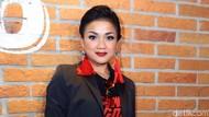 Anak Cuma Ngadem di Kulkas pas Puasa, Nirina Zubir Sudah Suudzon Saja