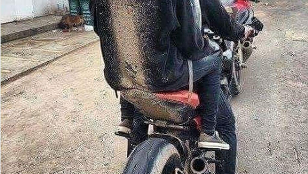 Ini Akibatnya Kalau Sepatbor Motor Dicopot, Teman Jadi Korban