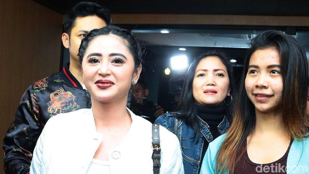 Dewi Persik Ngaku Gunakan Jasa Patwal Sudah 3 Bulan
