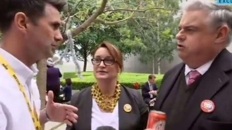 Cemooh Wartawan Saat Bela Rekannya, Politisi Australia Ini Dikecam