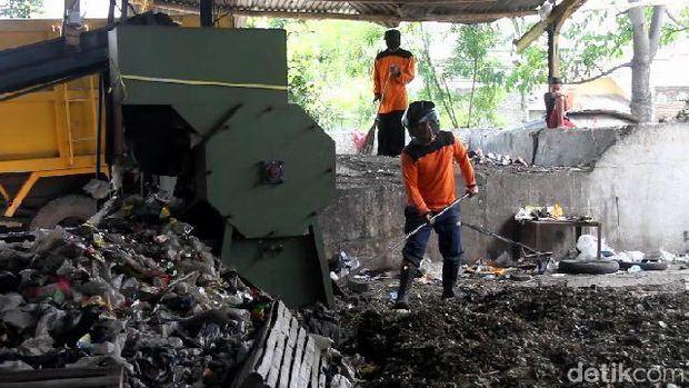 Tempat Pengolahan Sampah Terpadu (TPST) Gandasuli, Brebes.