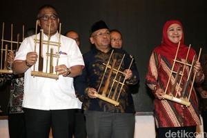Khofifah Indar Parawansa Buka Pameran Badiklit Pensos Expo 2017