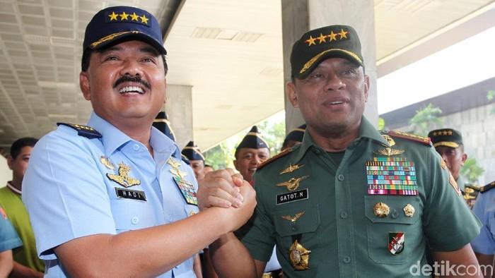 Marsekal Hadi dan Jenderal Gatot. (Lamhot Aritonang/detikcom)