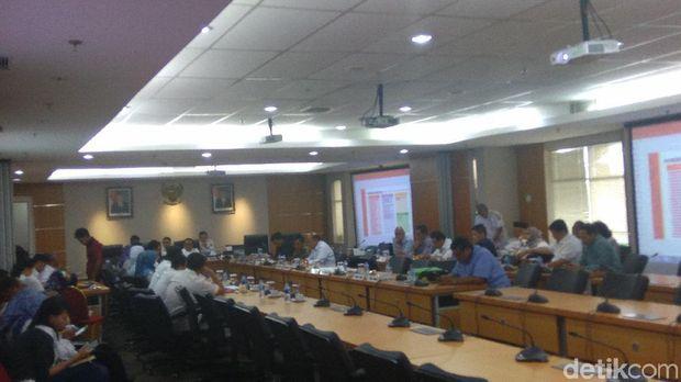Rapat Pemprov DKI dengan DPRD, Rabu (6/12/2017)