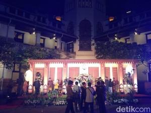 Resepsi Pernikahan Malam-malam di Lawang Sewu Semarang, Seram Nggak?