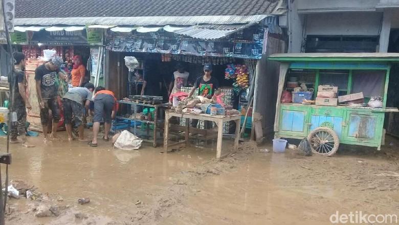 Soekarwo Target Rumah dan Jalan Rusak Selesai Dibenahi Natal 2017