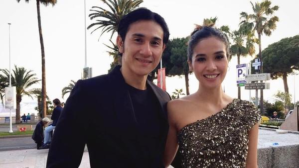 Pengalaman Vino G Bastian Main Film dengan Istri dan Iparnya