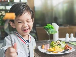 5 Cara Jitu Agar Anak Doyan Makan Sayur dan Buah