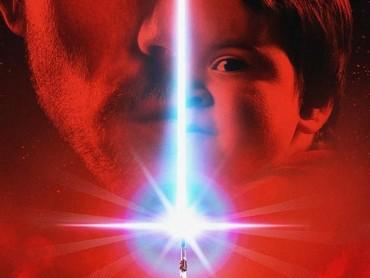 Sang ayah, Josh Rossi berperan sebagai Luke, Josh kecil berperan sebagai Kylo Ren dan putrinya Nellee jadi Rey.