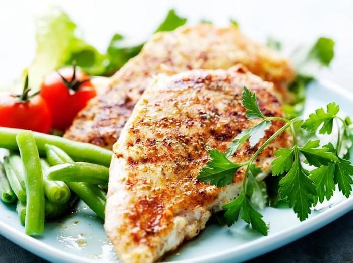 12 Makanan Berprotein Tinggi yang Diperhatikan Selama Puasa/Foto: iStock