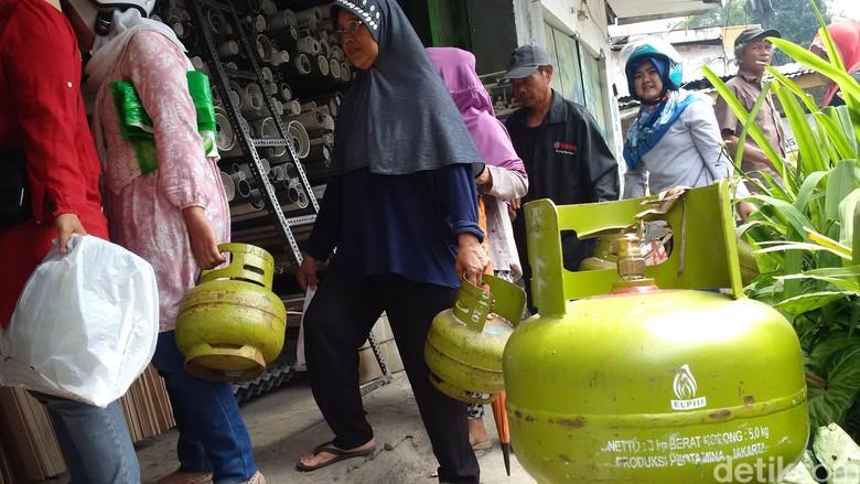 Stok Elpiji 3 Kg Aman, Warga Bandung Jangan Buat Panic Buying