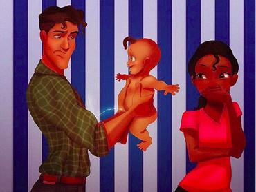 Hi-hi-hi. Bunda Tiana cuma bisa tersenyum pas lihat si kecil pipisin Ayah Naveen.