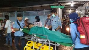 Viral, Lansia Telantar yang Tidur di Got Dibawa ke RS Tarakan