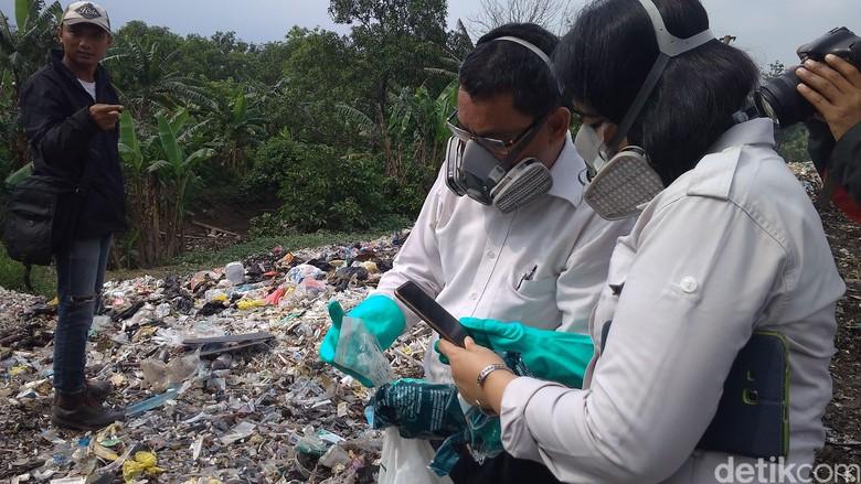 Pembuang Limbah Medis di TPS Liar Cirebon Bisa Dipidanakan