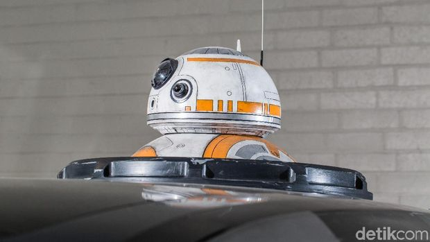 6 Mobil Star Wars ala Nissan