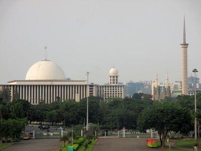 Wisata Halal Bisa Membuat Indonesia Sebagai Pusat Industri Halal Dunia