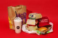 Sering Pesan Makanan Takeaway, Anak Berisiko Alami Kelebihan Berat Badan?
