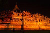 Kampanye Antikekerasan pada Wanita, Borobudur 'Berubah' Jadi Oranye