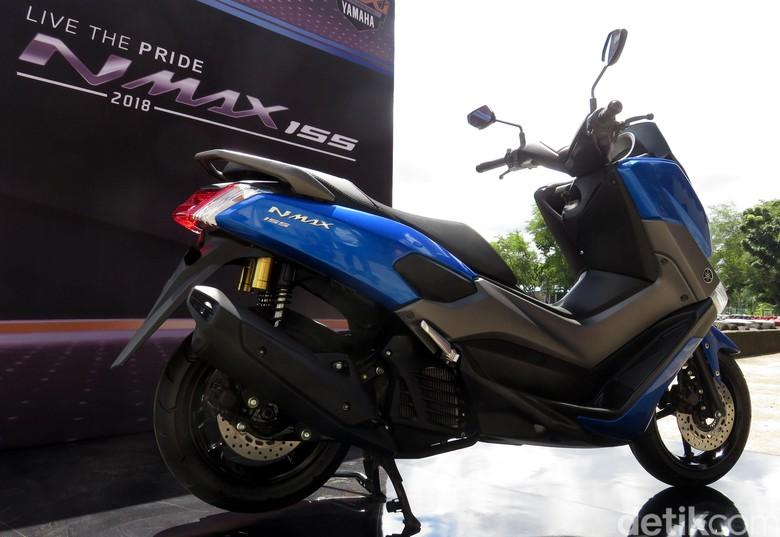 Hasil gambar untuk Yamaha Xmax : Begini Cara Atasi Rasa Takut Naik Motor