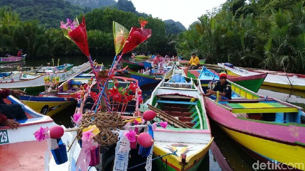 7 Tradisi Unik Maulid Nabi di Indonesia, Si Kecil Perlu Tahu