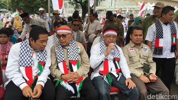 Presiden PKS Sohibul Iman pun hadir.