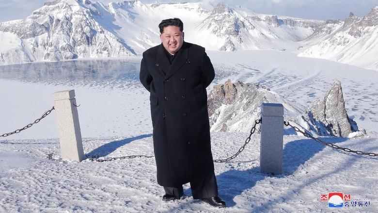 Kim Jong-Un Bersumpah Jadikan Korut Kekuatan Nuklir Terkuat Dunia