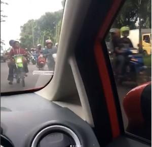 Skala Prioritas di Jalan, Konvoi Pengantar Jenazah Nomor 6
