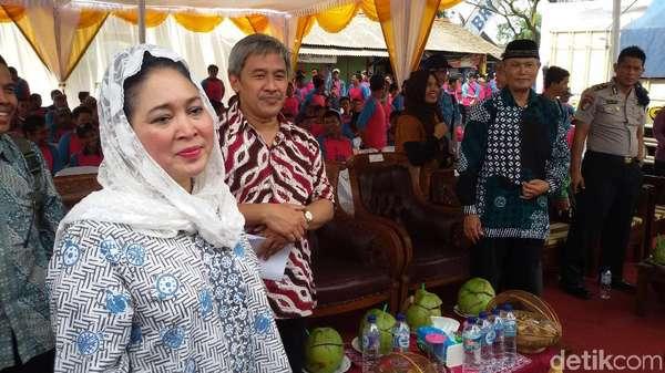 Titiek Soeharto: Airlangga Bukan Rival Saya