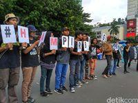Sambut Hari HAM Sedunia, Aktivis Gelar Aksi Soroti Pembangunan