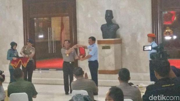Panglima TNI Ajak Kapolri Diplomasi Kopi di Darat, Laut dan Udara
