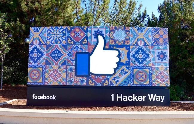 Galaunya Karyawan Facebook, Urusan Sepatu pun Bikin Ribut