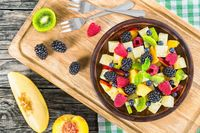 Enak dan Sehat! Ini 10 Buah yang Cocok Dipadu dengan Salad (2)