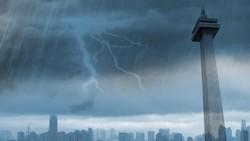 Jakarta Diguyur Hujan, Jalan di Jakbar Tergenang 25 Cm