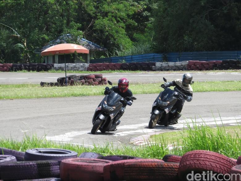 Tes Yamaha Nmax di Sirkuit Karting Sentul. Foto: Ruly Kurniawan