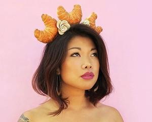 Krenyes Manis, 10 Mahkota Cantik Ini Terbuat dari Kue hingga Bakpao