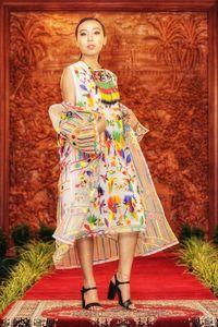 Salah satu kostum yang ditampilkan saat fashion show (Dok. KBRI Canberra)