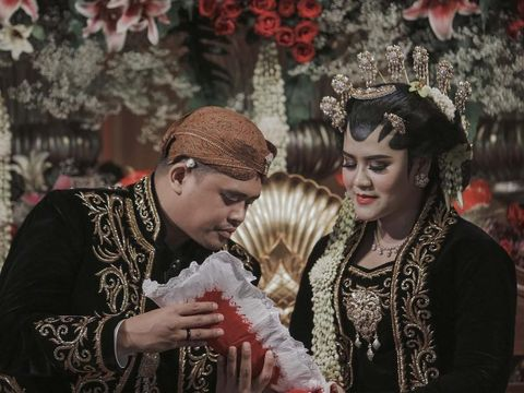 Seperti Jokowi, Pangeran Harry Juga Undang Rakyat Biasa di Pernikahannya