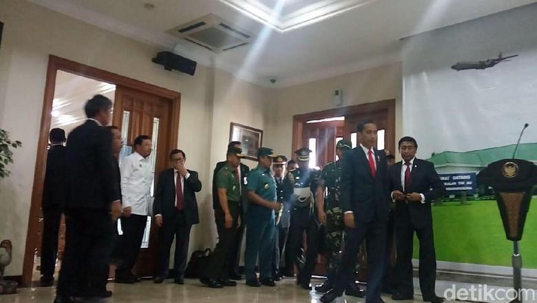 Momen Keberangkatan Jokowi ke Turki untuk Bela Palestina