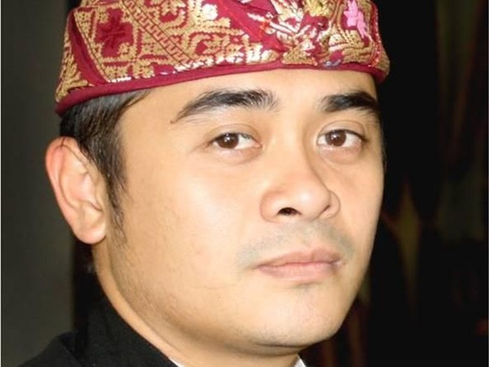 LukmanEdymelaporkan anggota DPD RIAryaWedakarnake Badan Kehormatan (BK) DPD terkait penolakan terhadap UstazAbdulSomaddi Bali.