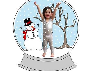 Wah, banksii lagi bergaya sama snowman di dalam bola salju. (Foto: Instagram/ @thuie)