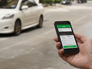 Viral, Wanita Ajak Driver Ojek Online Jadi Teman Kondangan
