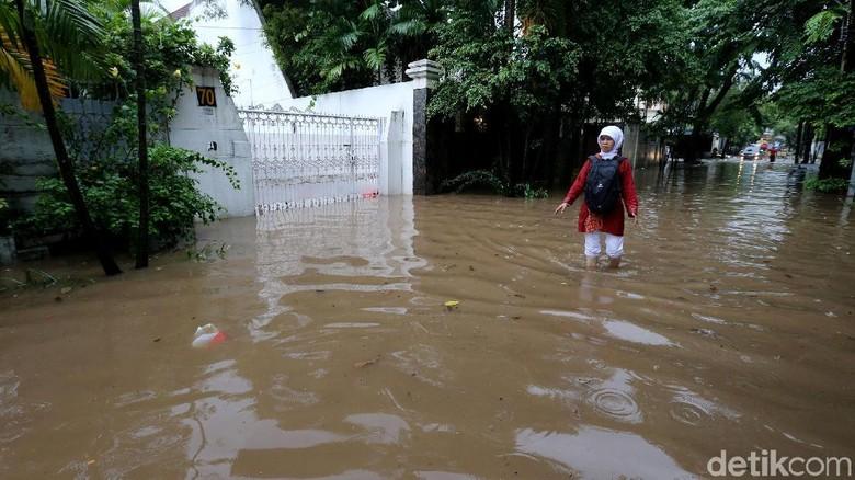 Kadis SDA DKI: Banjir Saat Ini Hanya Tiga Jam